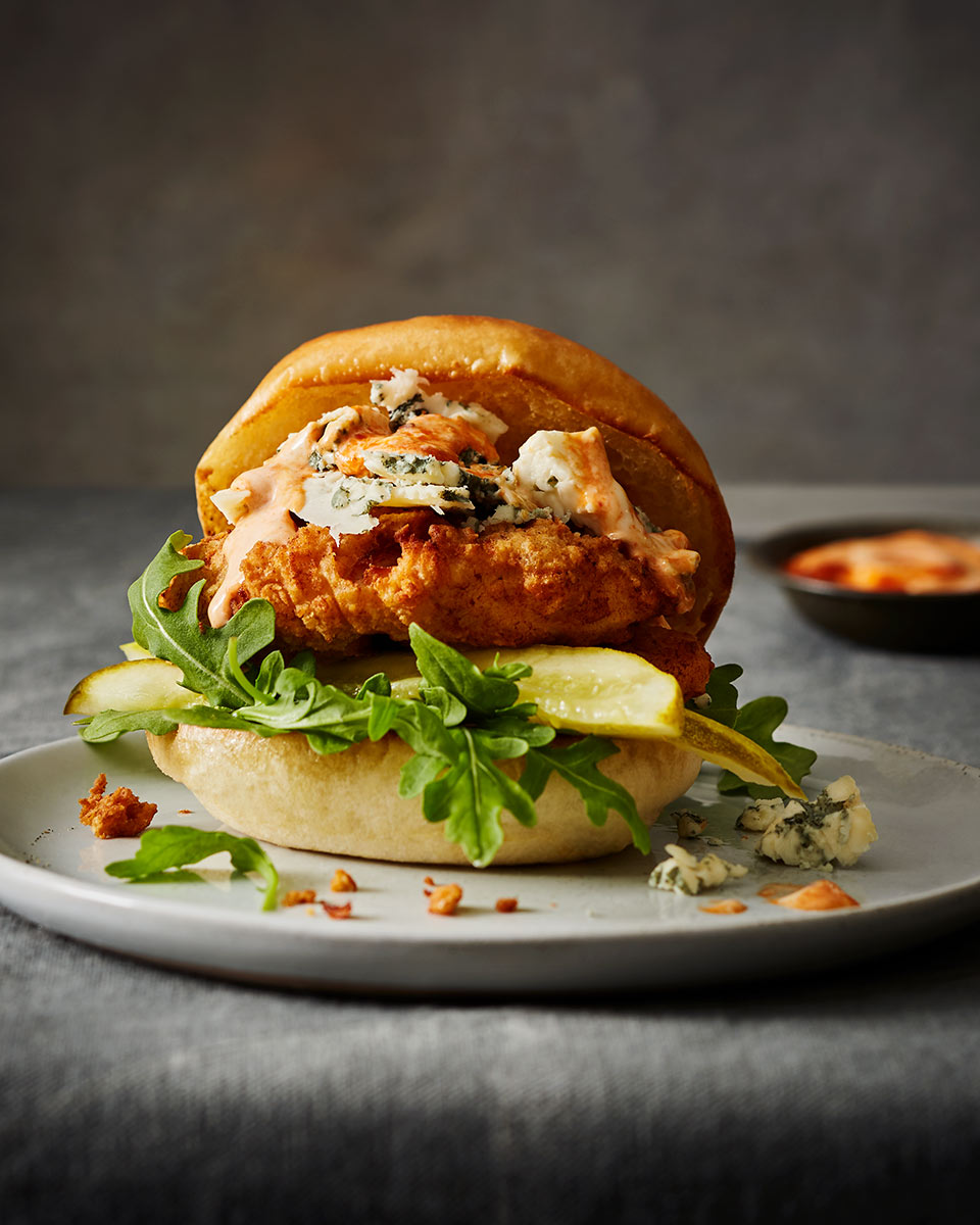 2017_Breadbar_01_Fried-Chicken-Sandwich